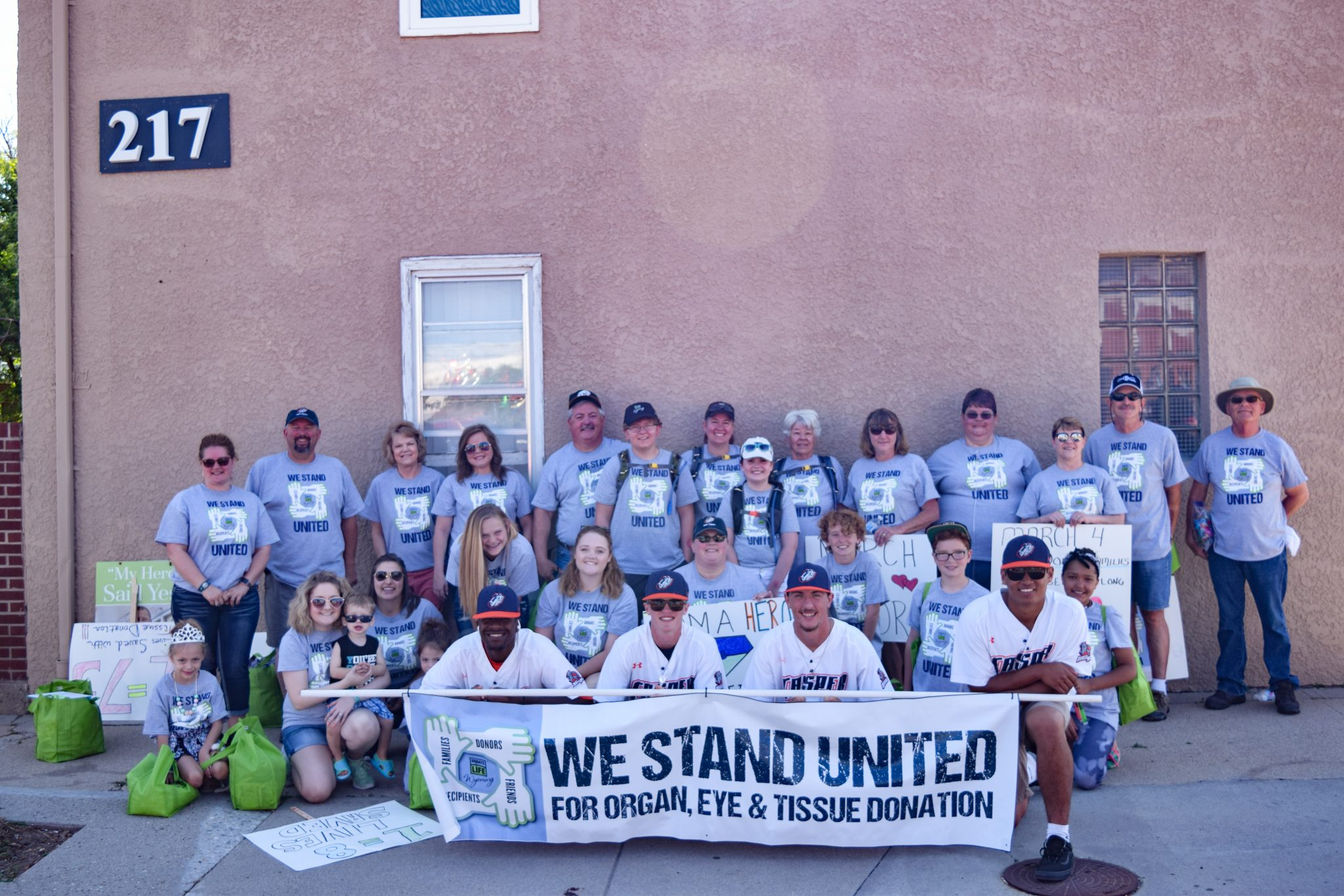 central_wyoming_fair_and_rodeo_parade_donate_life_Wyoming_float_2018