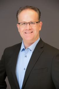 Headshot of Director of Organ Procurement at Donor Alliance, Jay Ruterbories