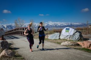 wyoming_donor_dash_runners_two_ladies_2018